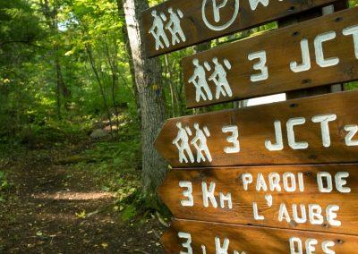 parc-régional-montagne-du-diable-randonnée-pédestre-pancarte